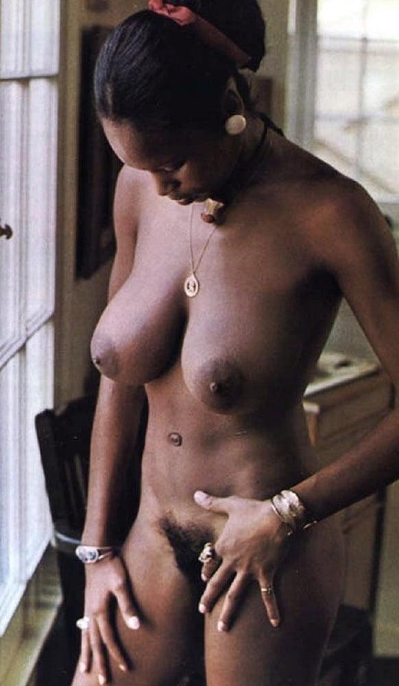 Deborah McGuire  nackt