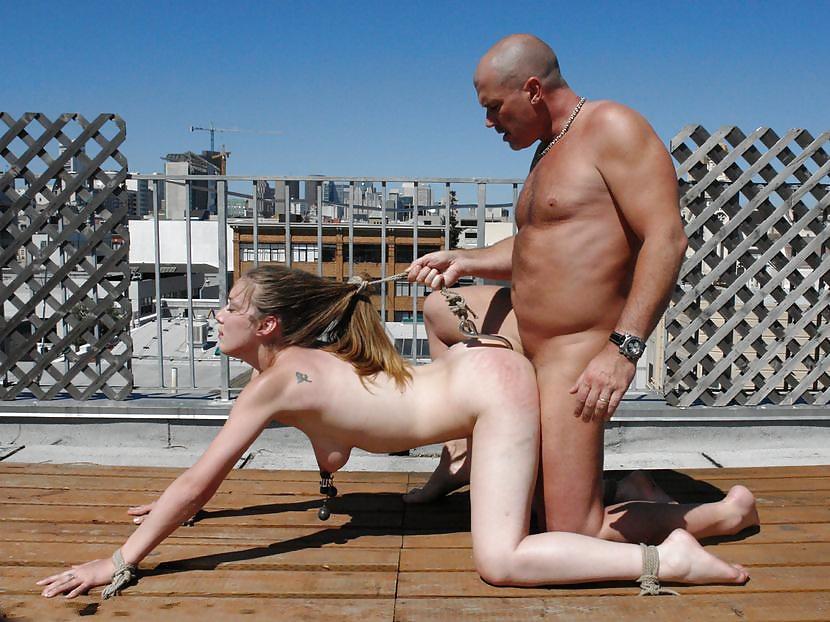 Порно Голая Шлюха Унижается Перед Хозяином