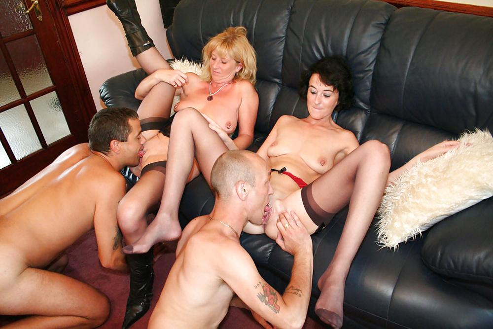 Зрелые Женщины Групповое Порно Онлайн