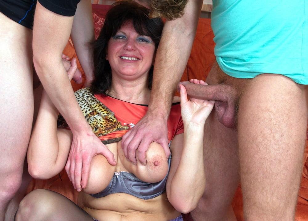 Смотреть Порно Развел Зрелую