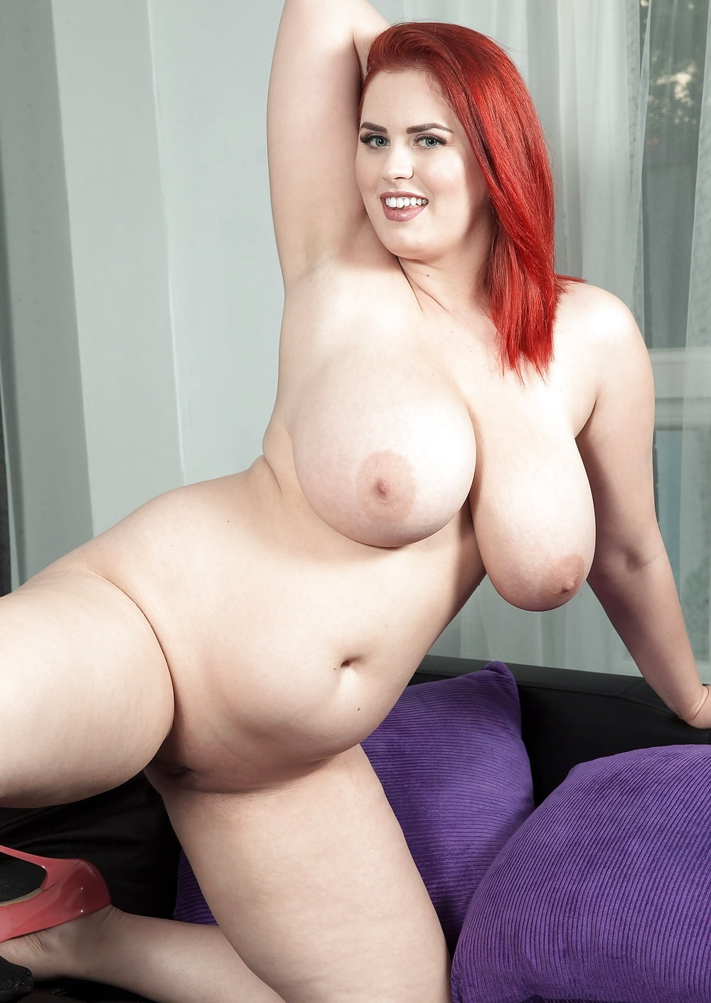 Curvy Redhead Sex
