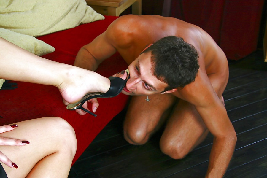 porno-rabinya-moet-nogi-gospozhe