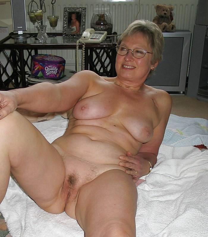 Amateur Milf Casting Porn Pics