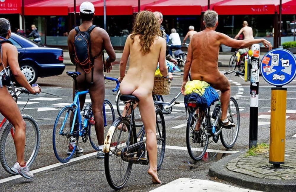 Sauna Security Camera Hacked Nude Pics Of Dutch Women's Handball Team Leaked
