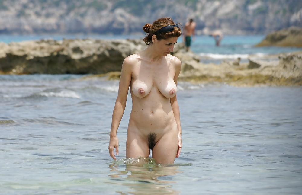 Nude bathing in barcelona 11