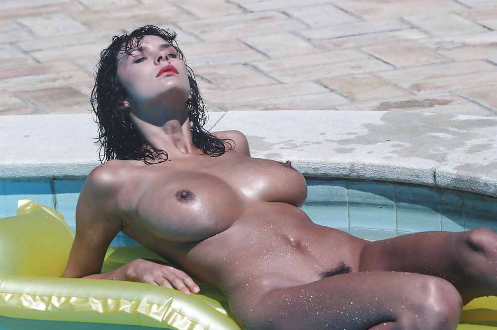 Donna Ambrose Pussy