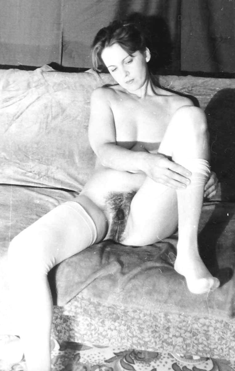 порно фото комсомолки нападении