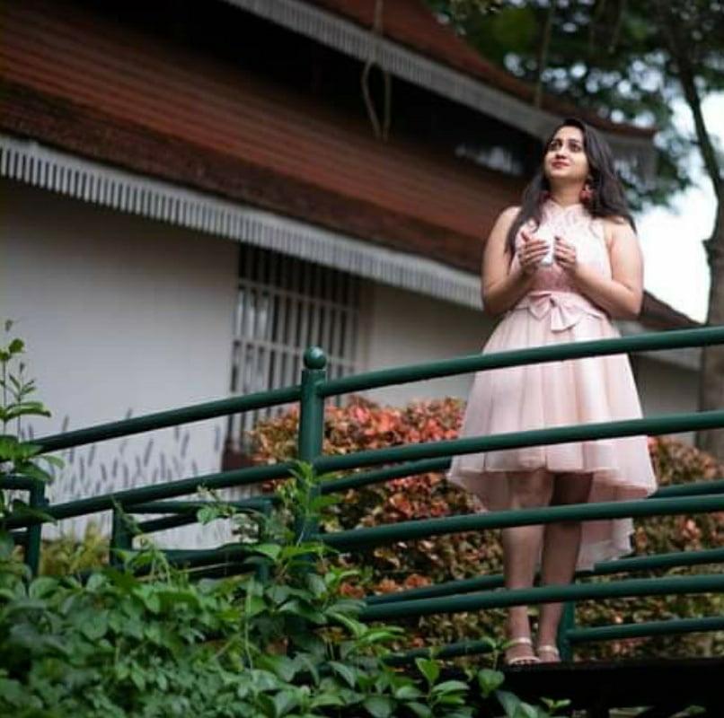Vanishree s kannada hot and cute model (non nude) - 13 Pics