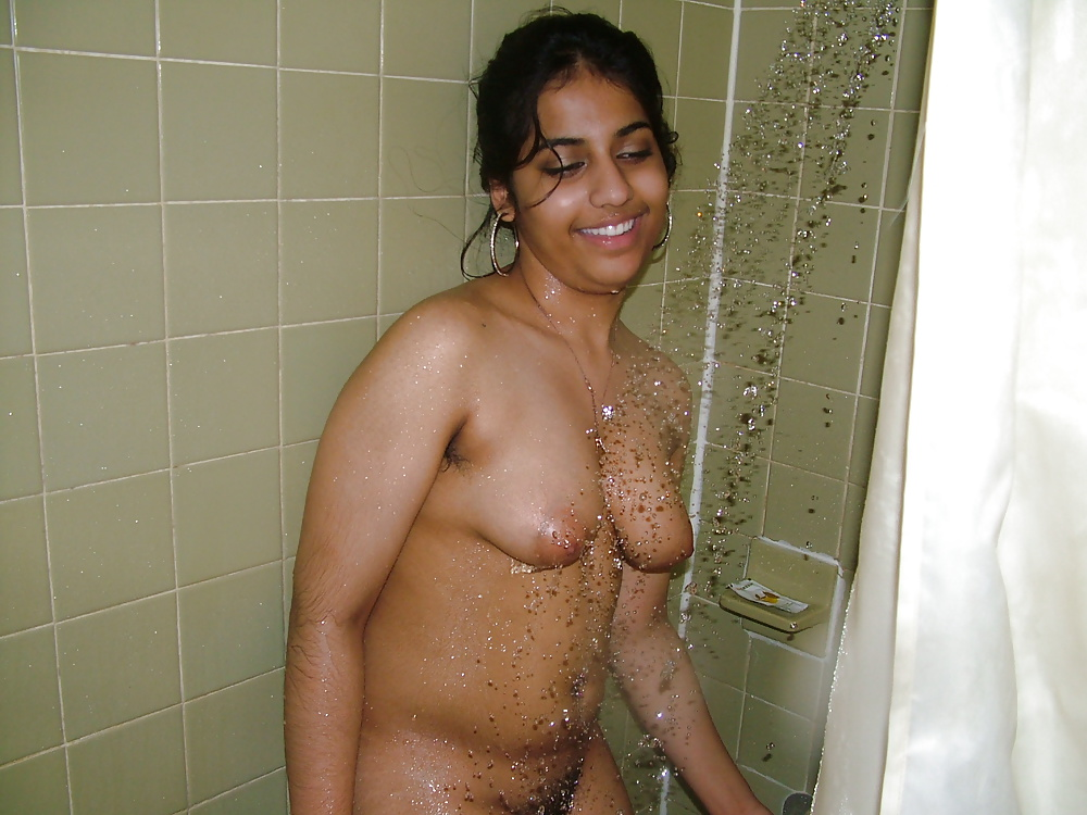 embarrassed-nude-indian-pics