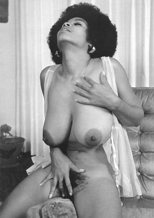 Vintage Big Breast Models Nude
