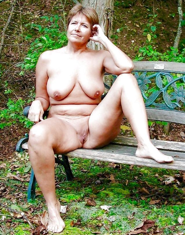 Topless Fat Nude Granny Pics Gif