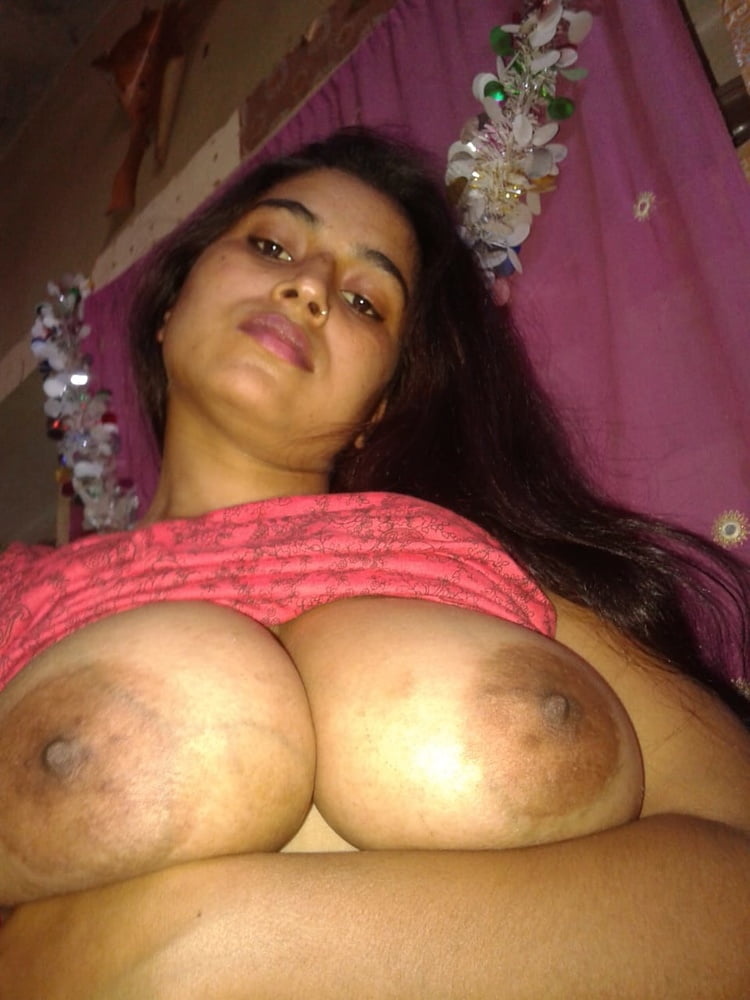 Mallu aunty hot boob show