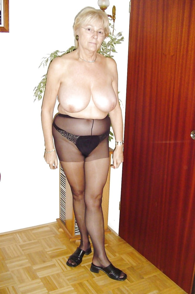 Hot nude milf pictures