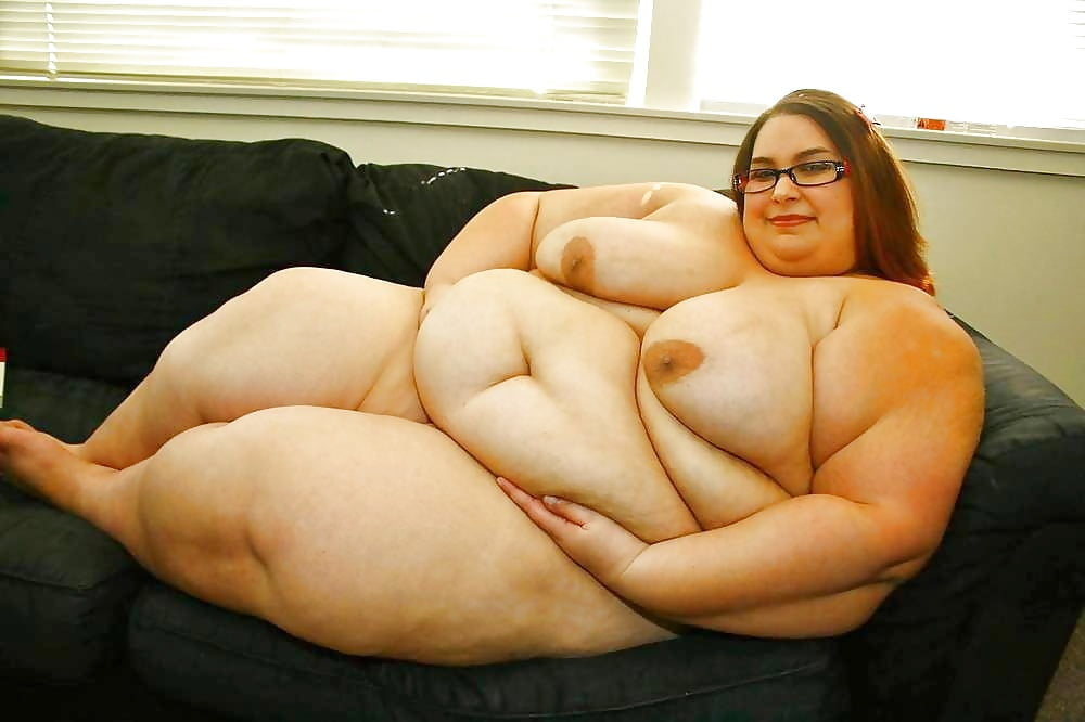 mega-fat-and-naked-girls