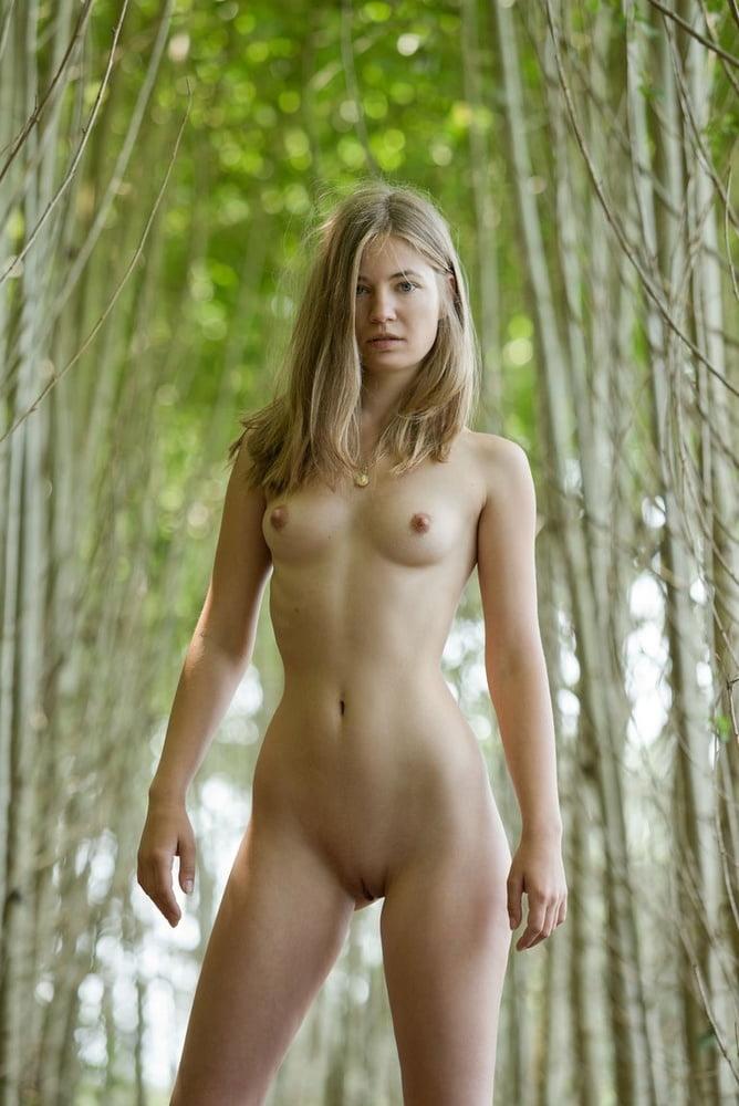 Freundin nackt