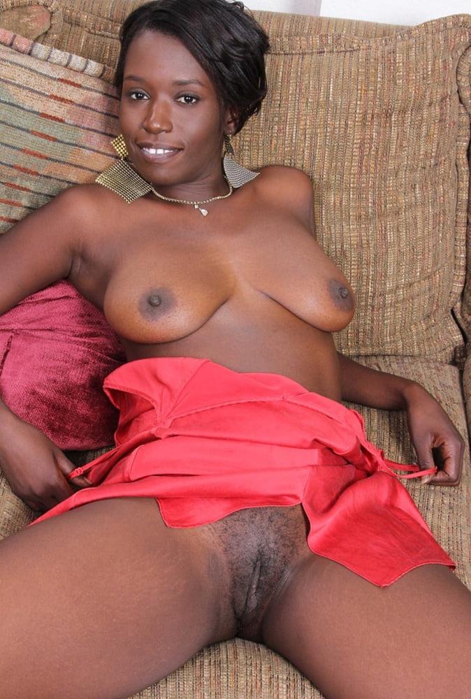 ebony-mature-tgps