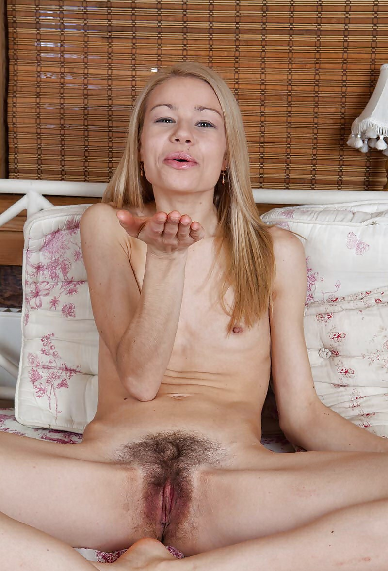 pictures-girls-skinny-pussy-hairy