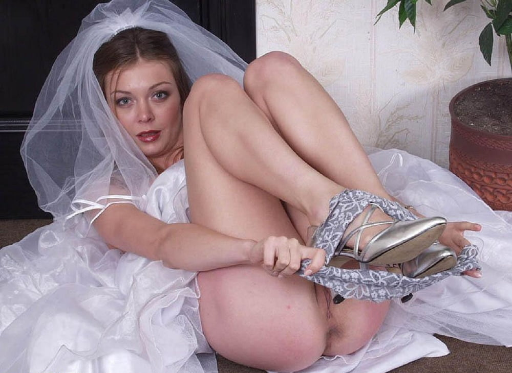 Free pictures of brides pussy