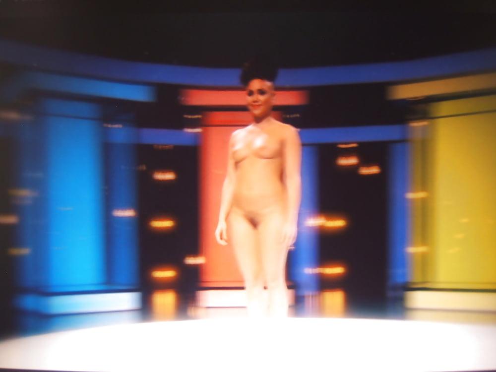 Dating naked europe-5034
