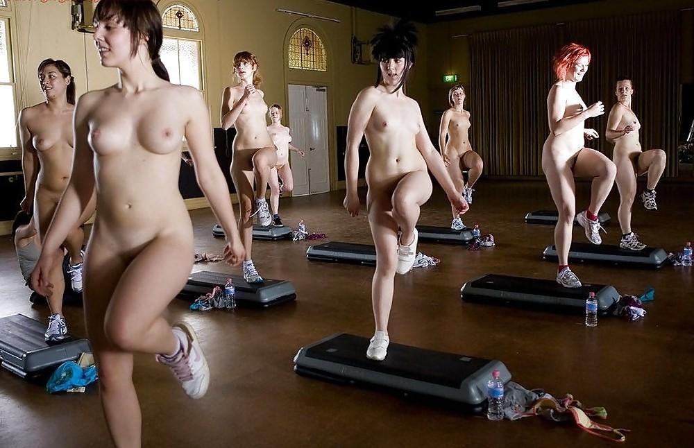 девки голые аэробика видео