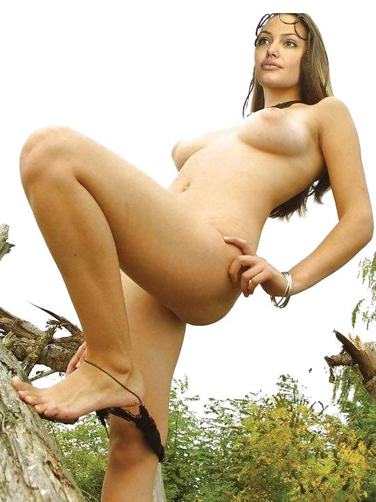 Нелли уварова порно фото, шикарная красотка взяла в рот