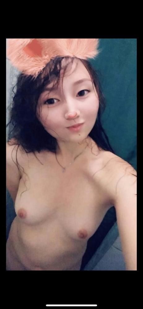 Kazakh Girl - 27 Pics