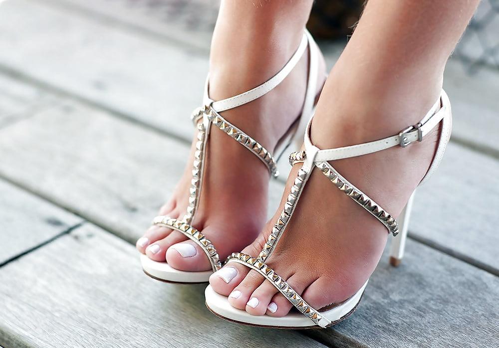 Sexy sandals ankle strap rhinestone open toe