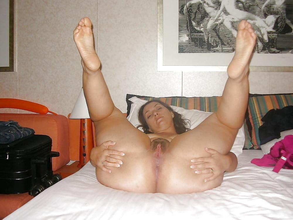 porno-bolshie-foto-russkoe-porno-foto-shiroko-razdvinut-nogi