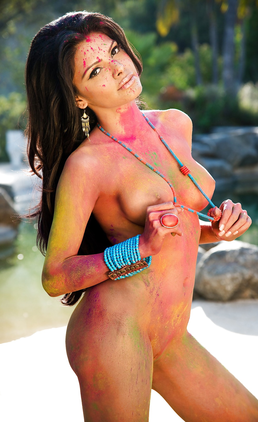 Girl pussy photo at time play holi