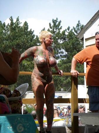 Warm Naked Boys Online Jpg