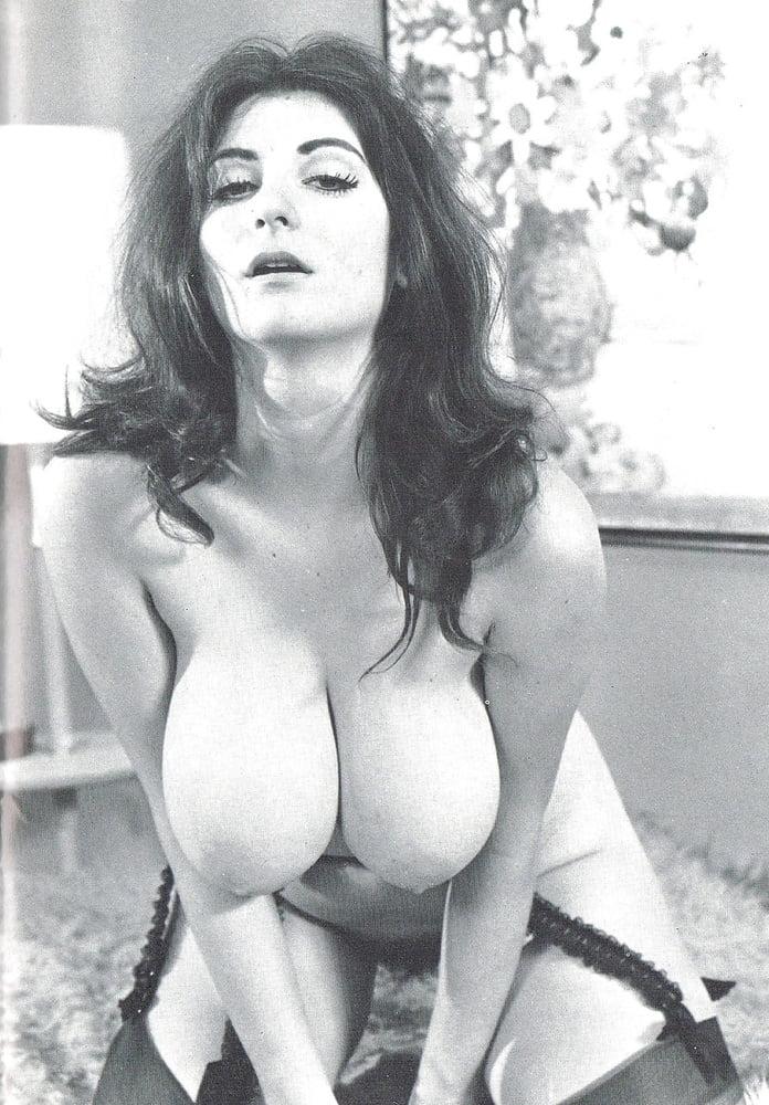 Porn retro big tits-1652