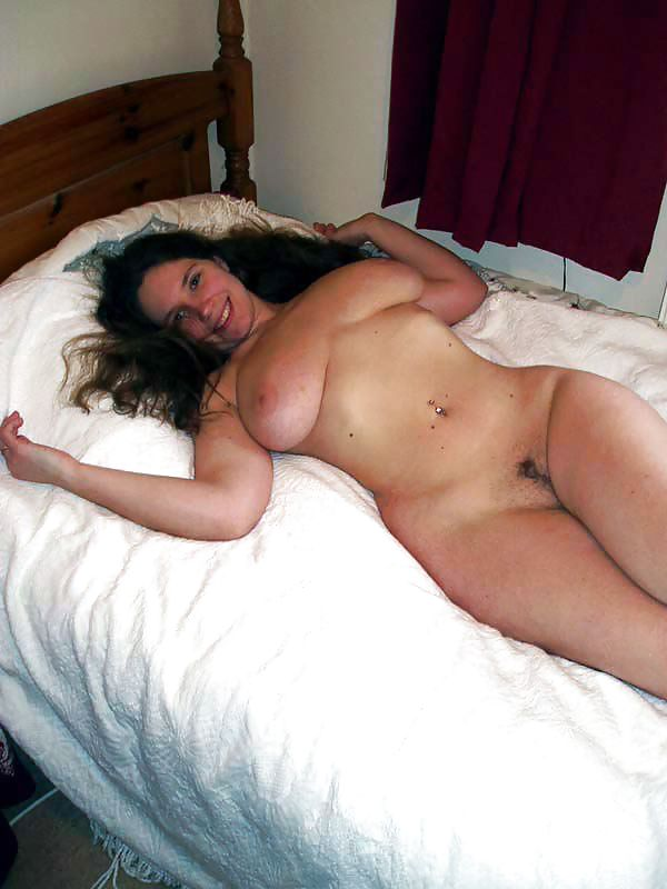 Bbw naked on bed — pic 11