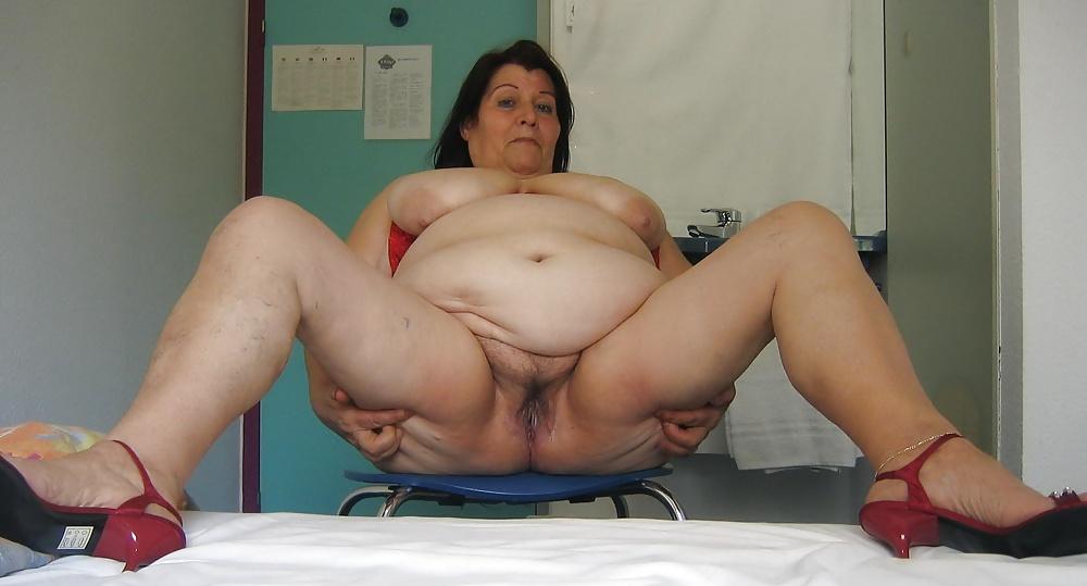 Muchacha de servicio gorda desnuda - 2 part 10