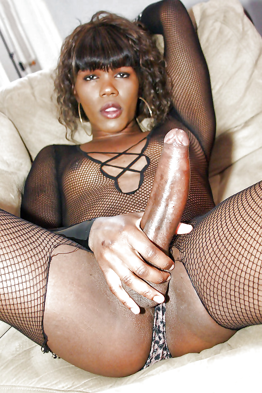 black-shemales-free-pics-women-being-forced-to-fuck