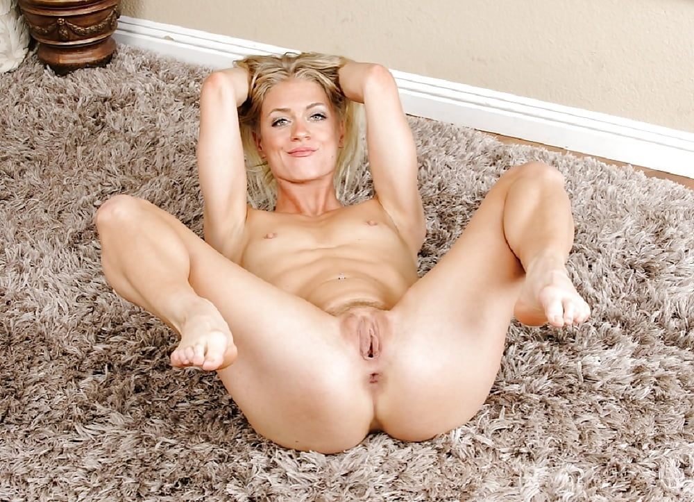 norwich-adult-naked