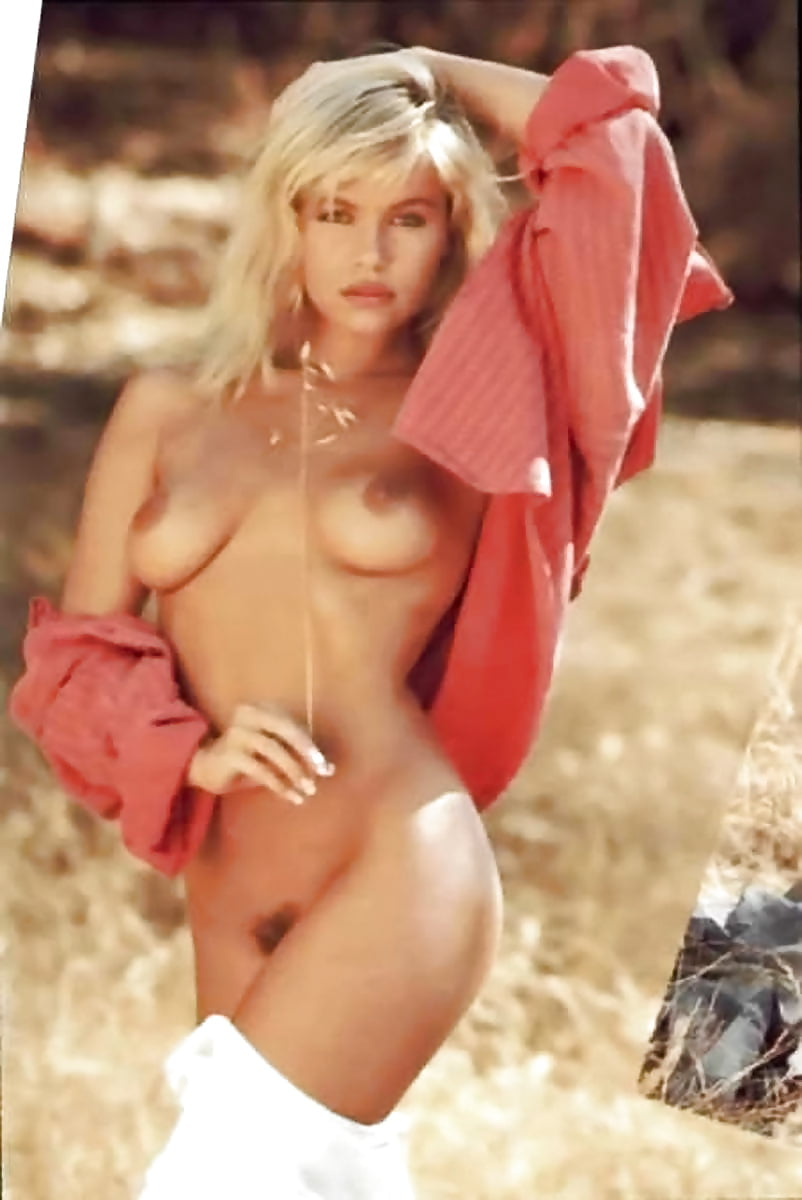 hermafrodit-young-pamela-anderson-nude-girls-next-door