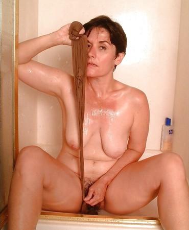 strip shower College