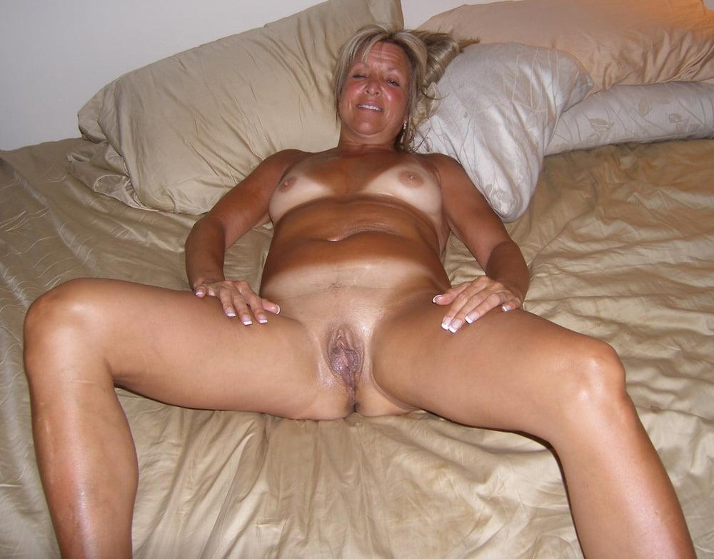 Small tits ebony porn