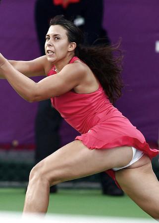 tennis madchen upskirt