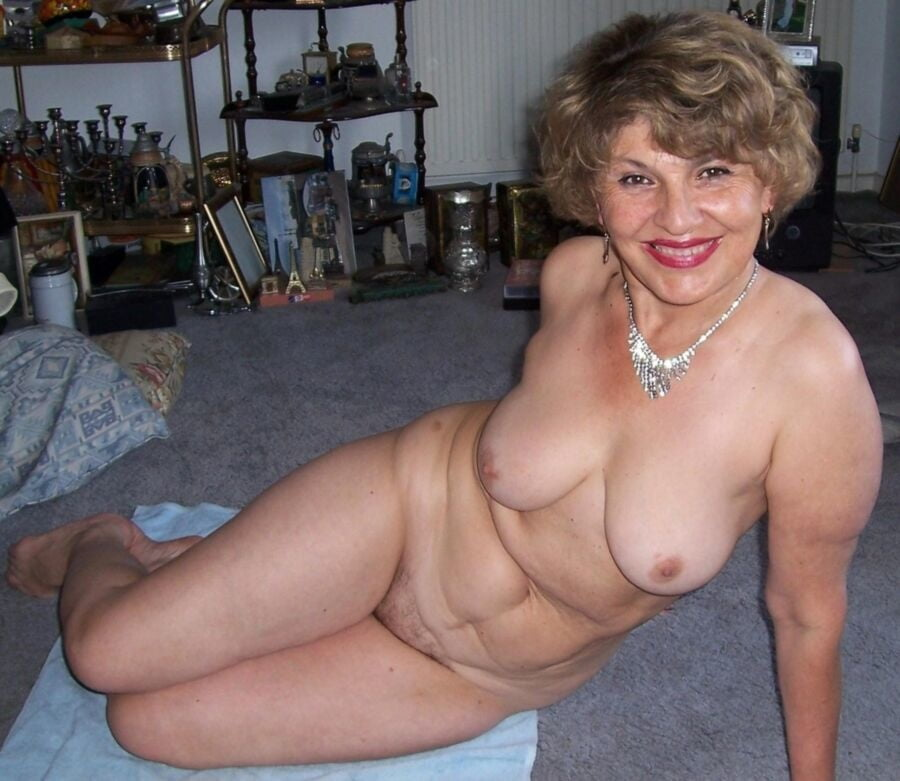 Sexy older amateurs