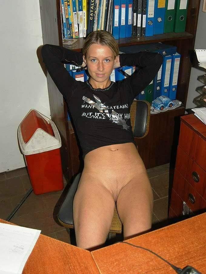 needs-naked-amateur-office-bangladeshi