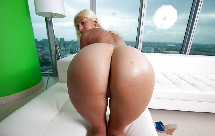 Big boobs round ass nun masturbating bts bonus footage xxx horror