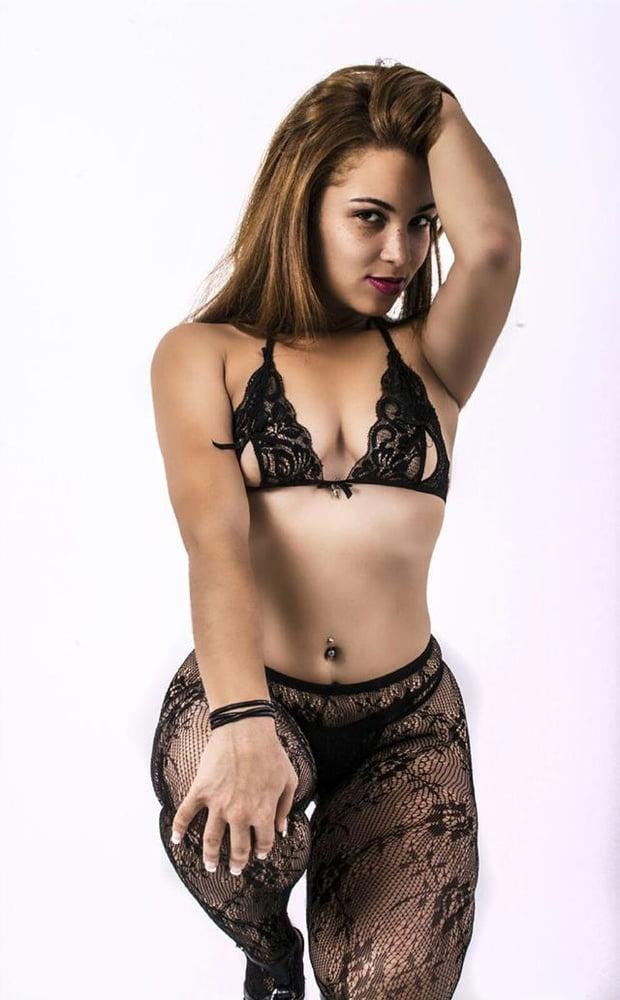 Latina Chocha- 47 Pics