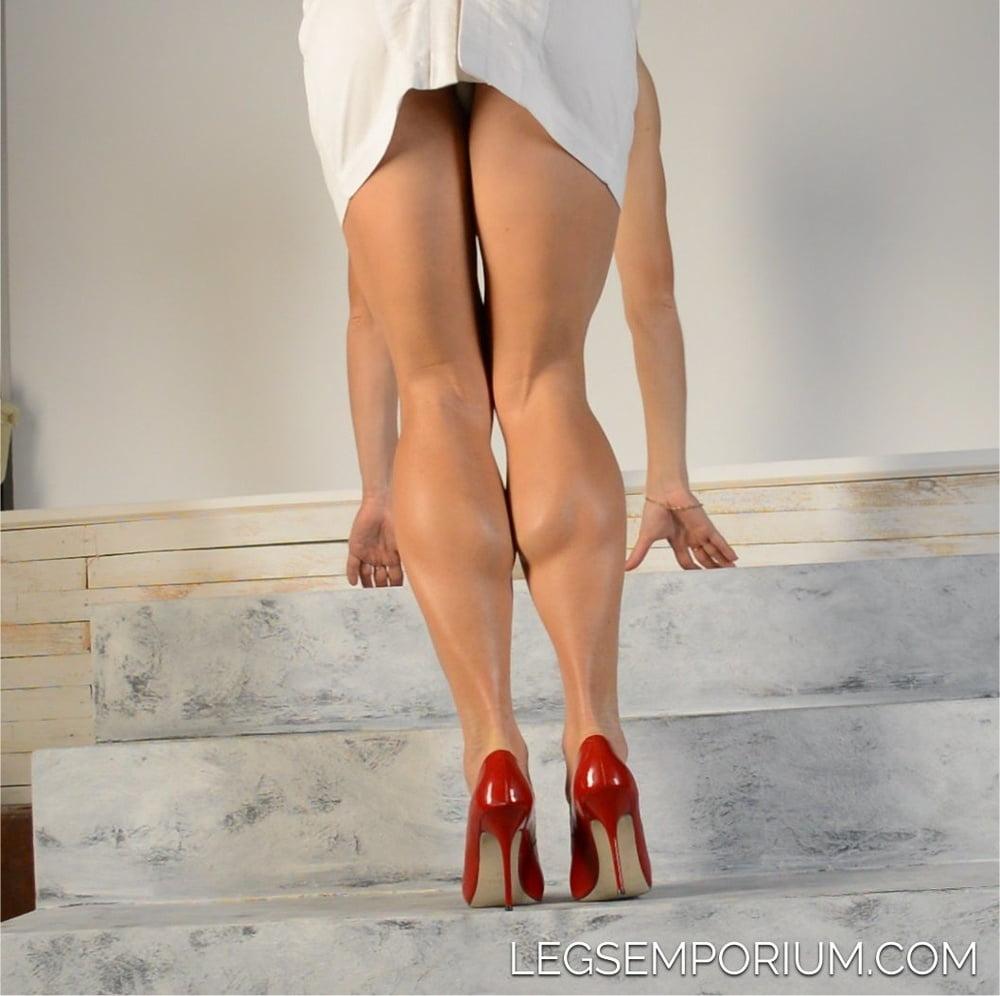 Female leg swinging