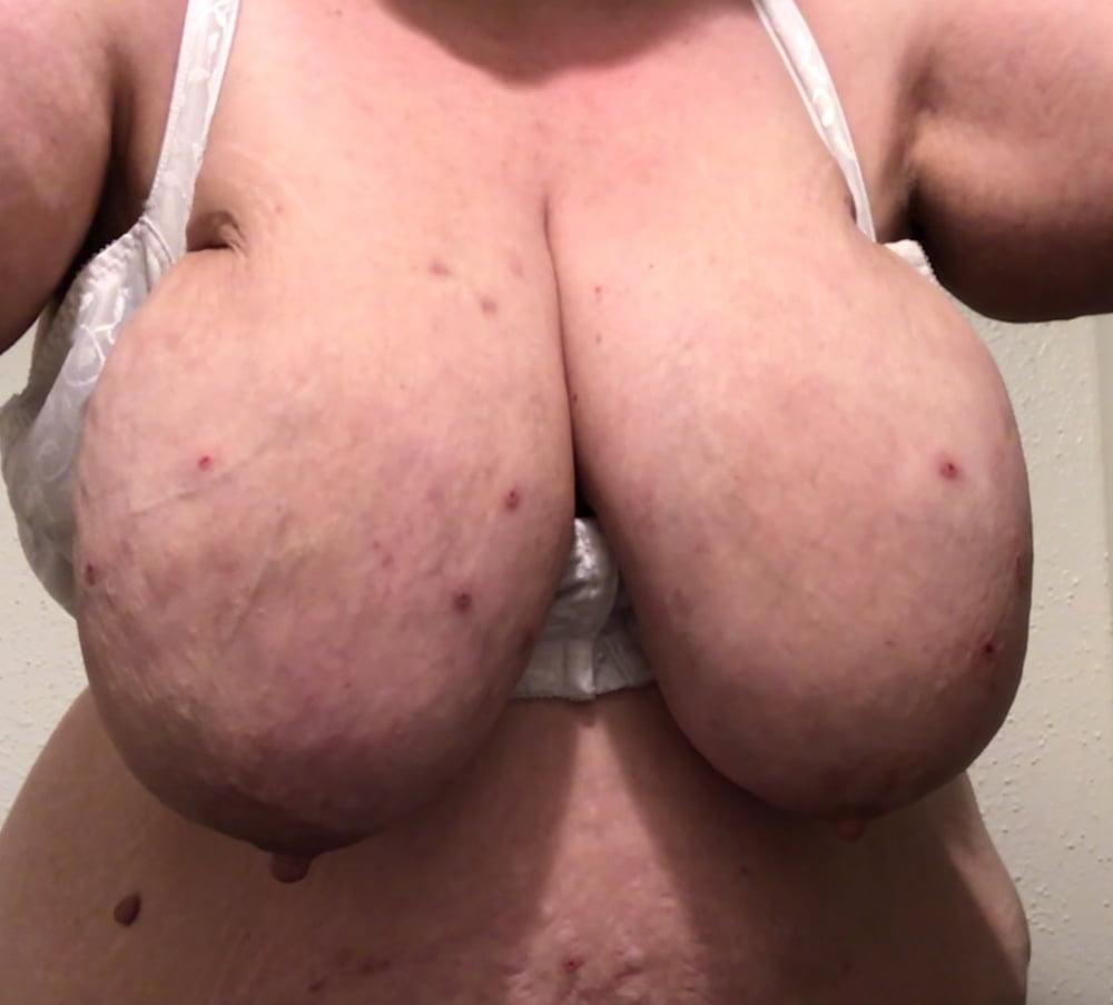 WhoreMichelle50ddd- 6 Pics