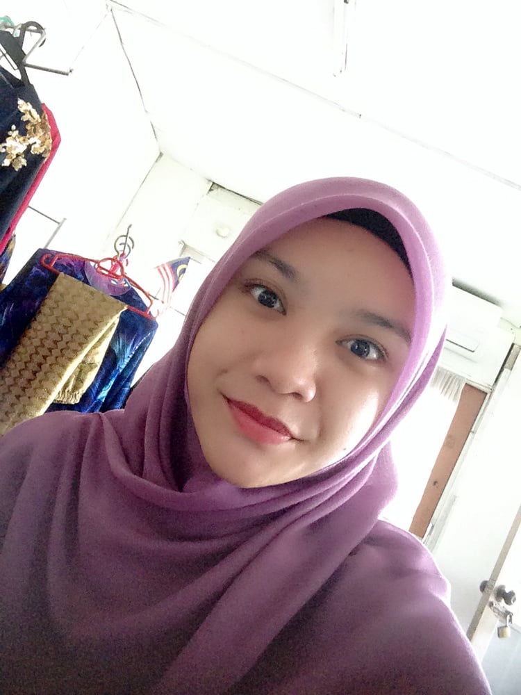 teen-malay-women