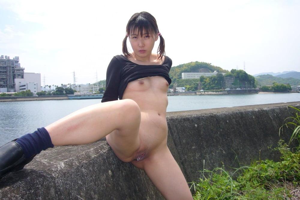 amateur wife in heels
