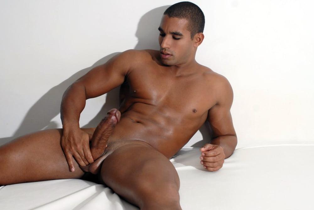 Порно актеры латинос мужчины