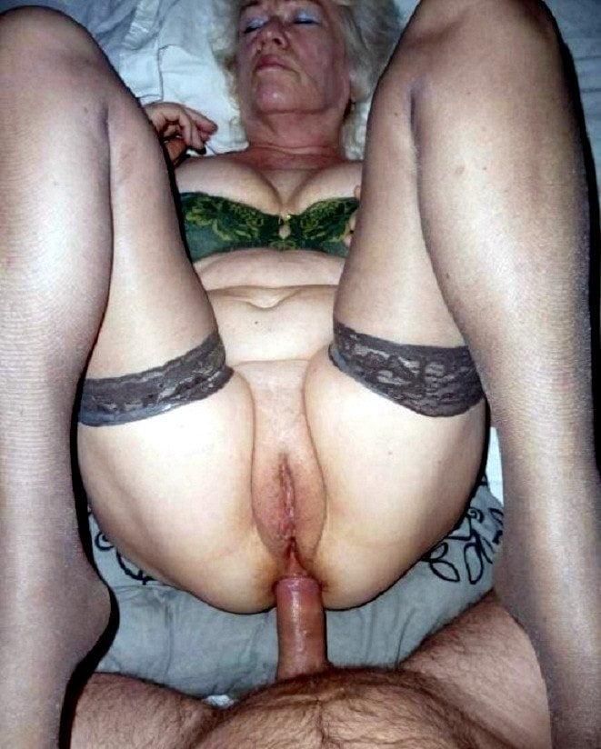 starushki-chastnoe-porno-foto