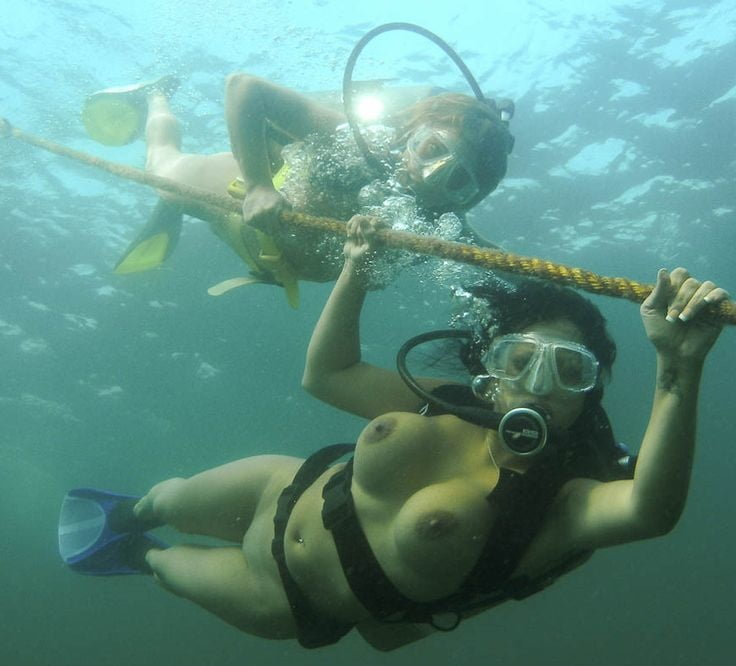 Naked Diver
